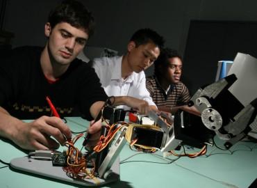Alunos de Engenharia Mecatronica